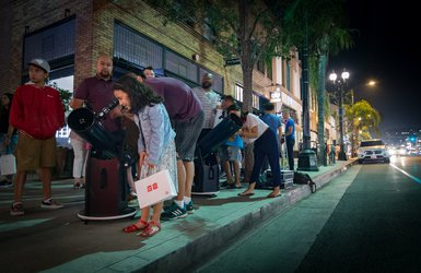 Caltech scientists heading to Old Town Pasadena to showcase the night sky to passersby during some Sidewalk Stargazing.