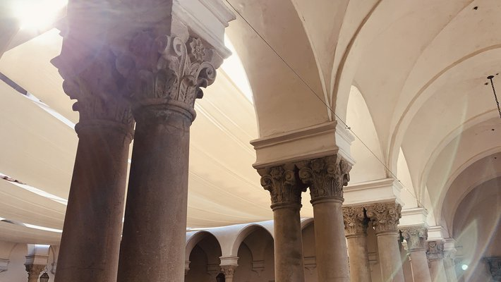 columns and arches at Caltech