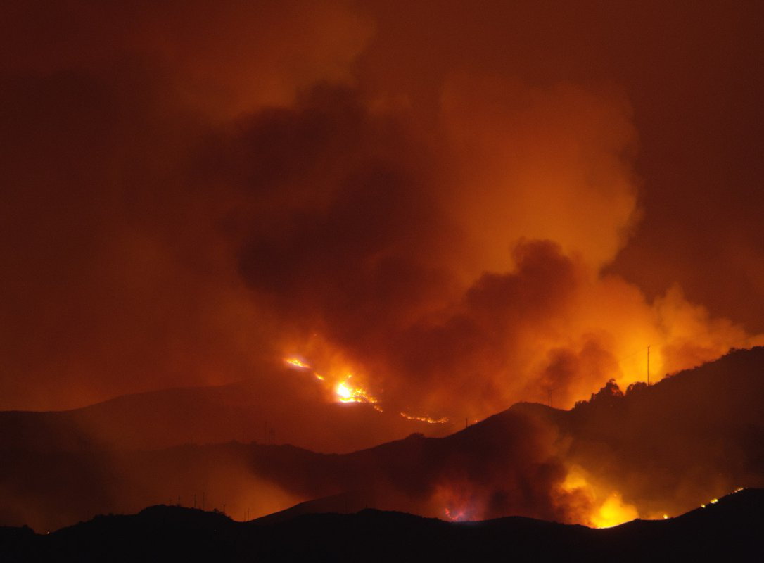Image of a wildfire burning