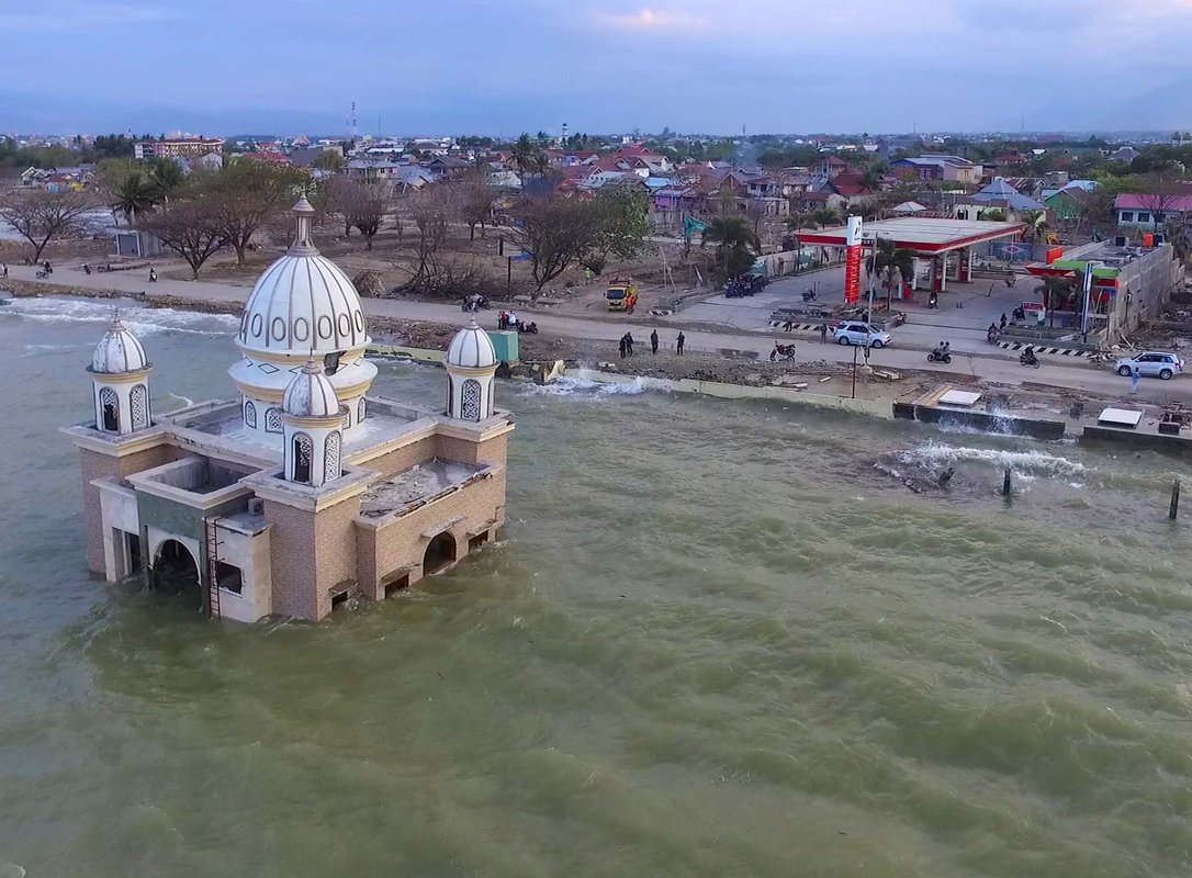 Flooding in the wake of the 2018 tsunami that struck Palu