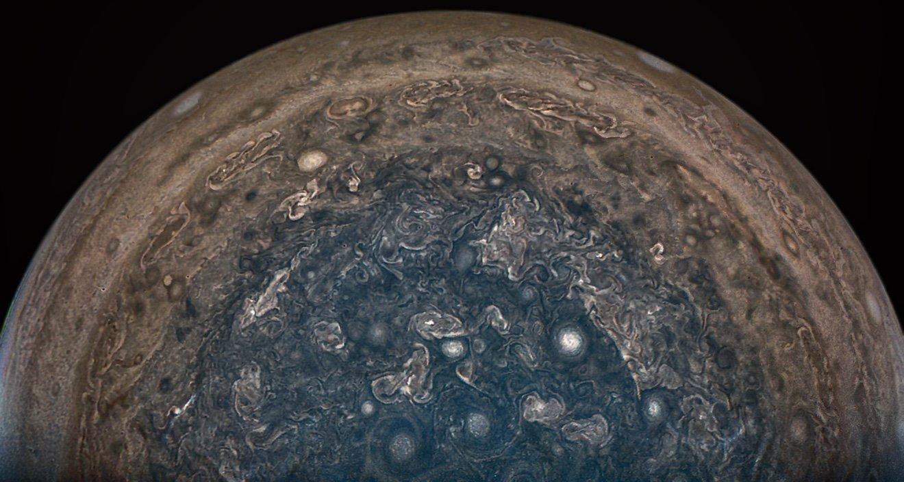 NASA/JPL-Caltech/SwRI/MSSS/John Landino